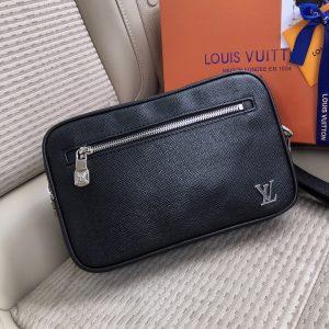 Louis Vuitton Pochette Kasai M30441