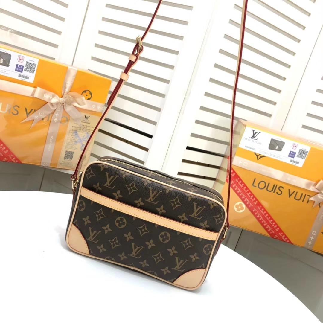 Louis Vuitton Trocadero Shoulder Bag M51274