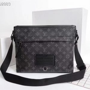 Louis Vuitton Besace Zippée MM M45214 M45216 Monogram