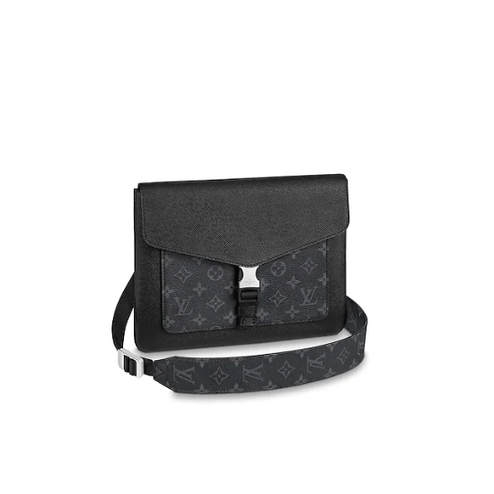 louis vuitton outdoor flap messenger M30413