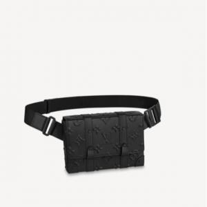 louis vuitton trunk slingbag m57952 monogram seal